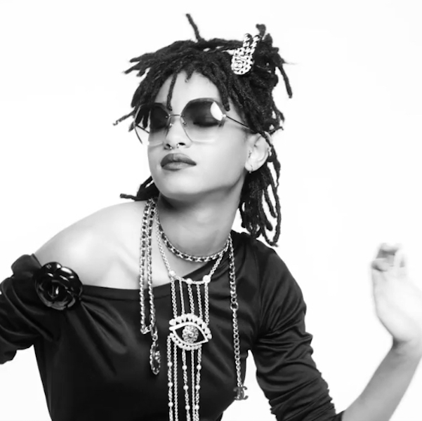 WILLOW SMITH LANDS CHANEL EYEWEAR CAMPAIGN 3 copysquare