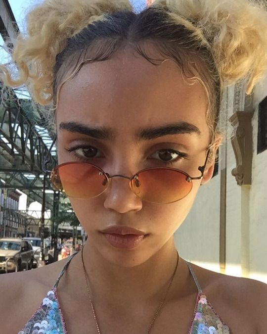 05052aa642 Coloured Tinted Glasses Trend for 2017