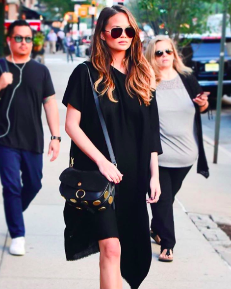 Aviators Glasses Spotted In This Week Celebrity Street Style