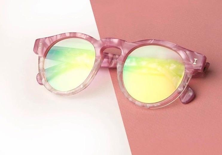 4 Eyewear Trends Most Spotted on Instagram This Week Eyewear Sunglasses Influencer Sunglasses Glasses