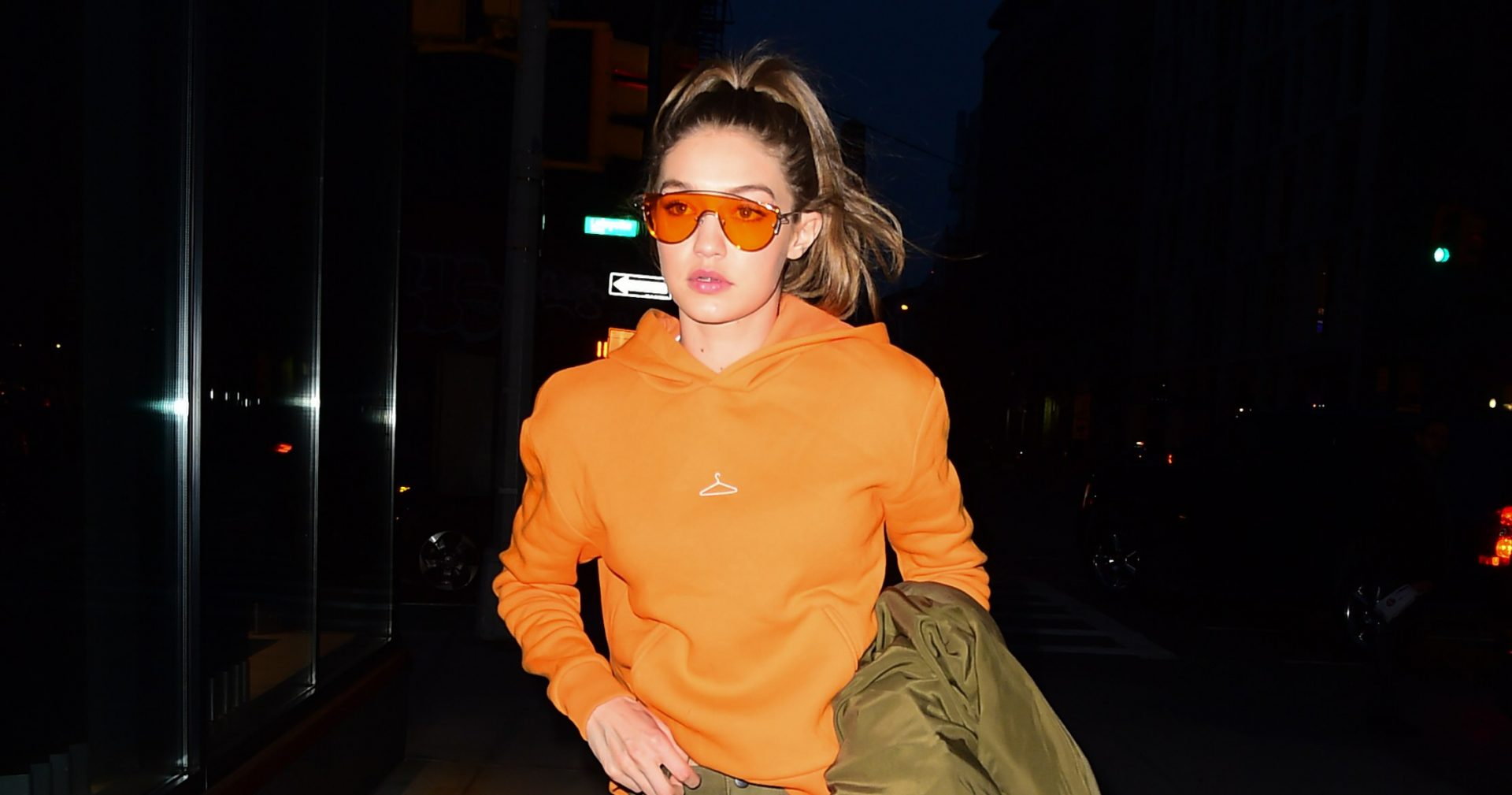ray bans Acne Studios Chloe Smoke x Mirrors Balmain Anna Karin Karlsson Tom Ford 6 Aviator Sunglasses Trends for Women in 2017 Buy Shop Online Trend Women Sunglasses Glasses Victoria Beckham Gigi Hadid Bella Hadid Khloe Kardashian Chrissy Teigen Lady Gaga Hailey Baldwin
