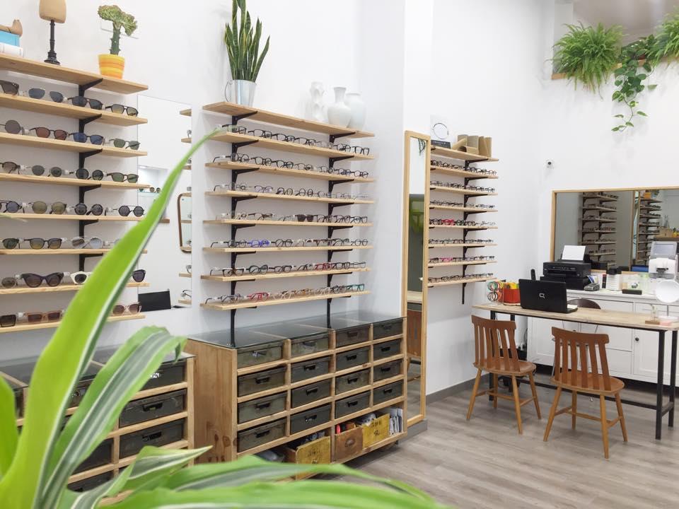 Les Lunettes DM Òptics 10 Best Optical Shop and Eyewear Stores in Barcelona