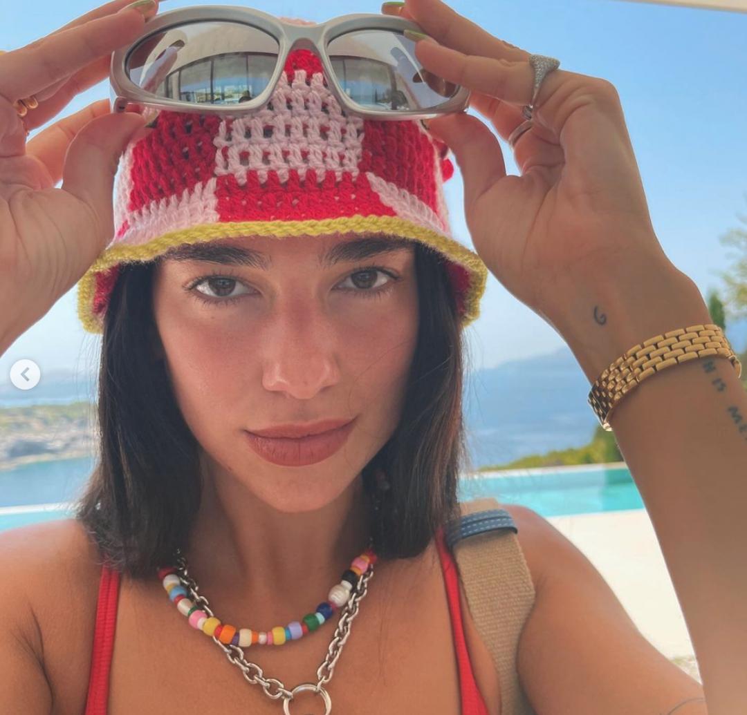 Trending Bella Hadid And Dua Lipa's 90's Futuristic Summer Sunglasses