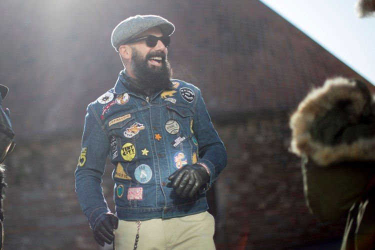 The Best Eyewear Street Style Spotted at Pitti Uomo 2017